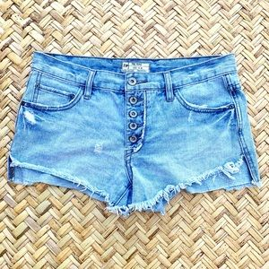 Free People runaway cut off shorts uptown light